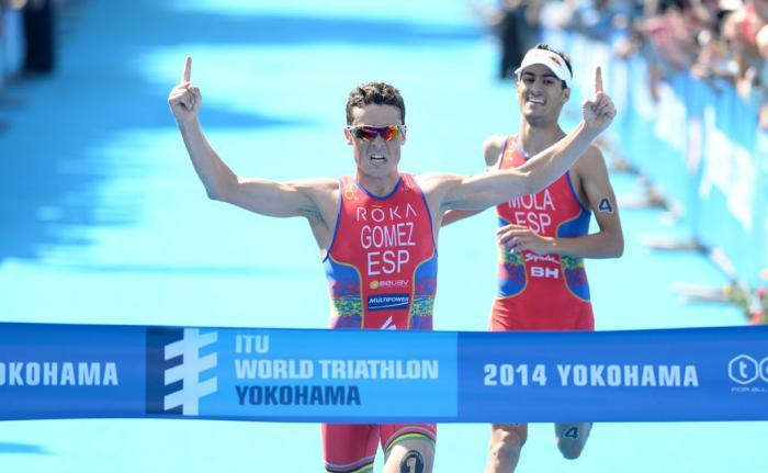 Gomez secured his third successive win of the 2014 World Triathlon season with victory in Yokohama ©ITU