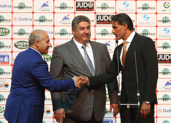 Prior to the medal deciding matches, an Opening Ceremony was led by Azerbaijan's Minister of Youth and Sports Azad Rahimov as he welcomed the 247 judoka to Baku ©IJF