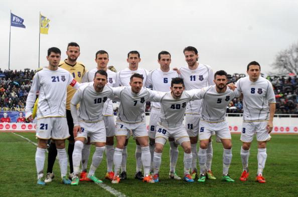 The Kosovan football team ahead of their first international against Haiti ©AFP/Getty Images
