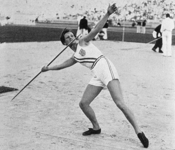 Evelyn Furtsch Ojeda's 1932 Olympic team-mate Babe Didrickson Zaharias, pictured winning the javelin, said of herself 'I am the greatest' ©Getty Images