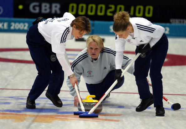 Rhona Martin delivers the winning stone at the 2002 Salt Lake Games ©Getty Images