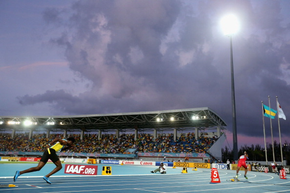 The men's 4x400 final at the IAAF World Relays in Nassau ©Getty Images