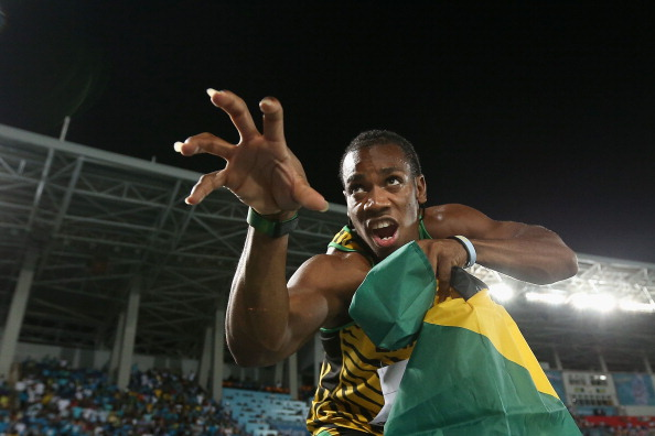 Yohan Blake plays 'The Beast' after anchoring Jamaica to a world 4x200m record at the IAAF World Relays in Nassau ©Getty Images