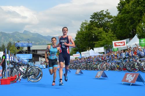 Alistair Brownlee has won his third European triathlon title ©ETU