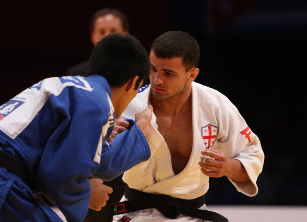 Georgian superstar Amiran Papinashvili looked unbeatable in the men's under 60kg event as he stormed to victory in the final in just 55 seconds ©IJF