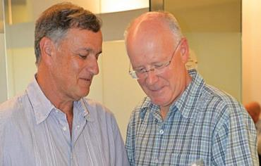 Gili Lustig (right) will replace Efraim Zinger (left) as secretary general of the Olympic Council of Israel ©OCI