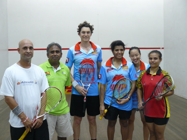 World Squash Federation ambassadors Cameron Pilley and Low Wee Wern have visited Papua New Guinea as part of the 2014 WSF Ambassador Programme ©WSF