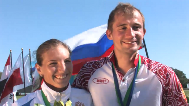 Ekaterina Khuraskina and Aleksander Lesun of Russia take gold in the Mixed Relay at the Modern Pentathlon World Cup in Sarasota ©UIPM