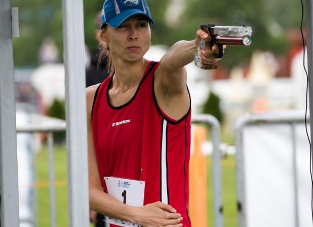 Oktawia Nowacka of Poland en route to winning the Modern Pentathlon World Cup final in Sarasota ©UIPM