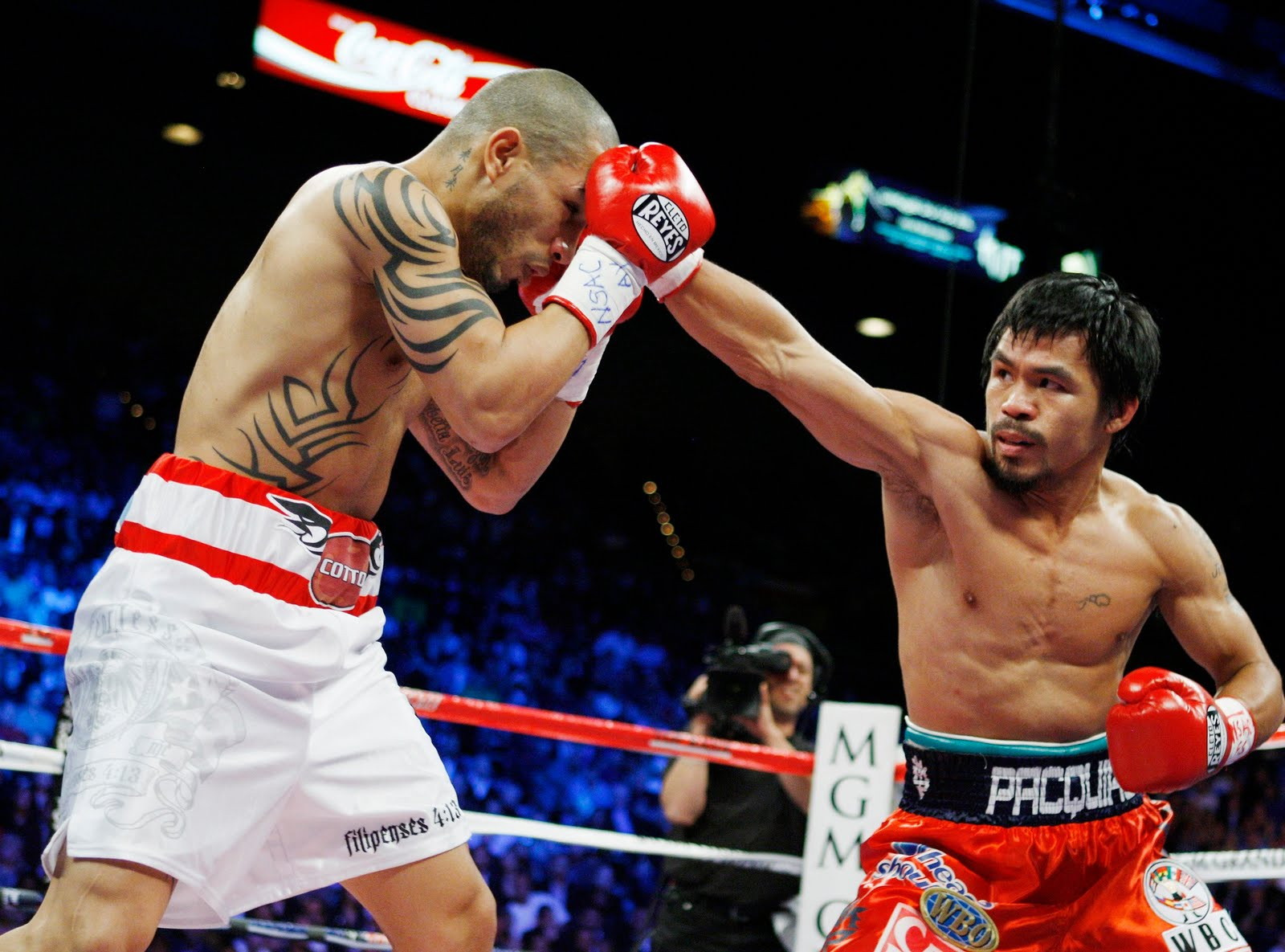 Manny Pacquiao would be treated as a special case if he wanted to take part in the Rio 2016 Olympics, AIBA President C K Wu has admitted ©Getty Images