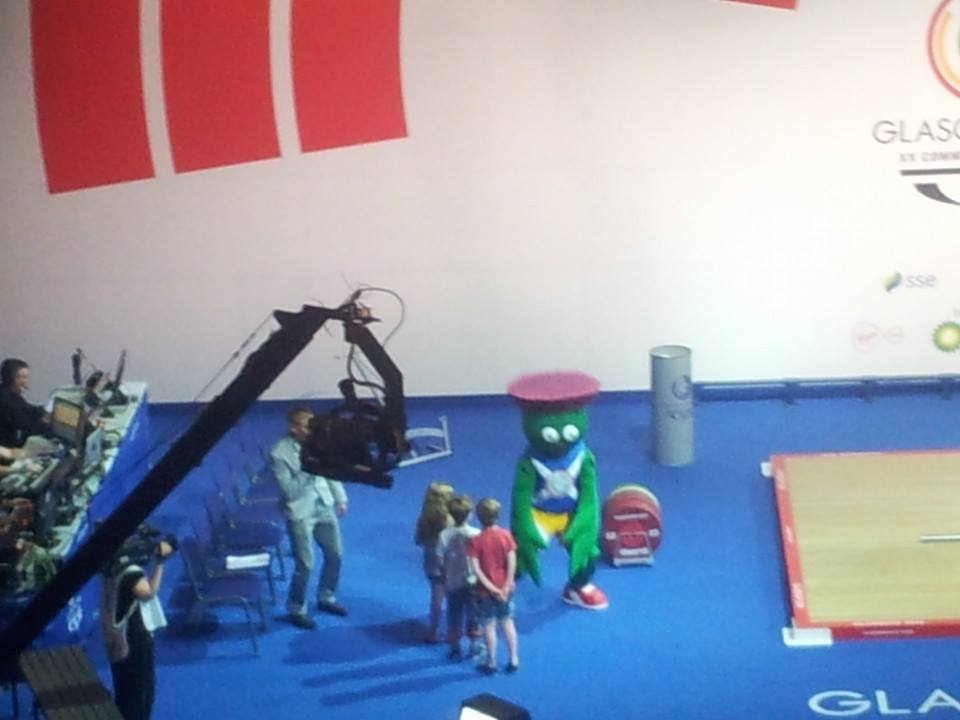 Clyde the Mascot demonstrating his best clean and jerk ©ITG