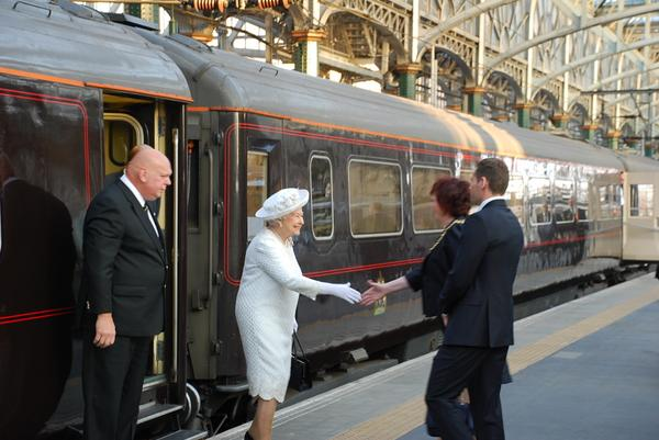 The Queen arriving at Glasgow Central Station on her way to Celtic Park ©Twitter