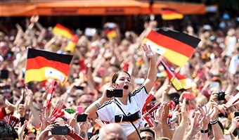 Hundreds of thousands have turned out in Berlin to welcome home the FIFA 2014 World Cup winners ©Getty Images