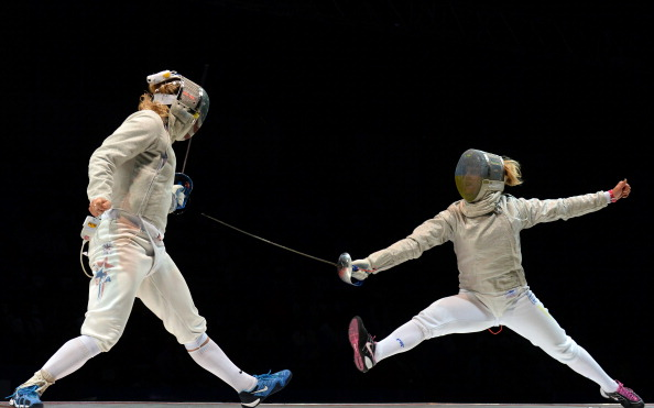 Olga Kharlan (right) has won gold in the women's sabre at the World Fencing Championships in Kazan ©Getty Images