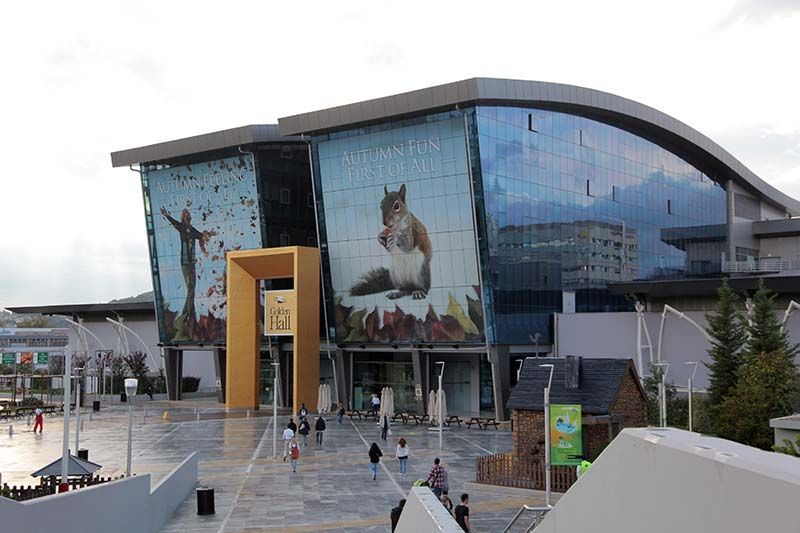 The International Broadcast Centre built for Athens 2004 is now a successful shopping centre ©I. Mavrakis & Partners S.A