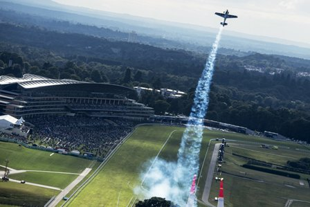 Iconic Ascot was the perfect location for a weekend of spectacular entertainment in the skies ©Red Bull
