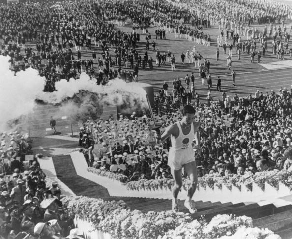 If Masuzoe has his way, attitudes towards smoking at Tokyo 2020 could be very different to those seen in 1964 ©Hulton Archive/Getty Images