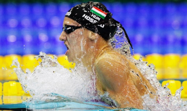 Katinka Hosszu set a world record and claimed four gold medals at the FINA World Cup in Doha ©Bongarts/Getty Images