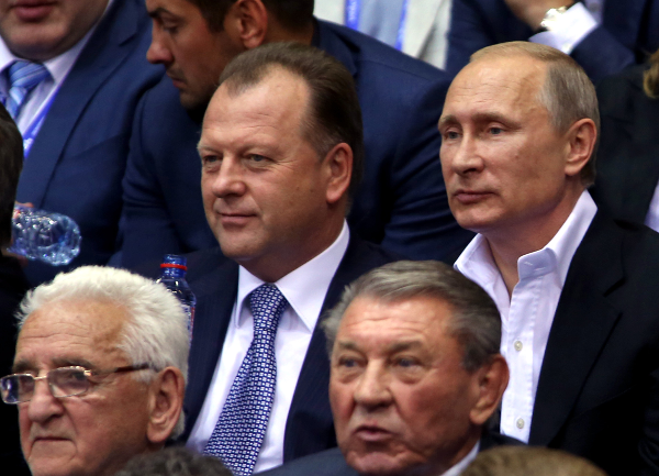 Russian President Vladimir Putin watched the team event of the World Judo Championships with IJF leader Marius Vizer ©IJF