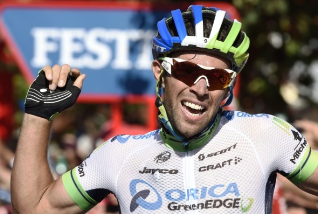 Michael Matthews celebrates after winning stage three of the Vuelta a Espana ©AFP/Getty Images