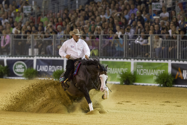 Shawn Flarida steered Spooks Gotta Whiz to win individual Reining gold at the World Equestrian Games ©FEI