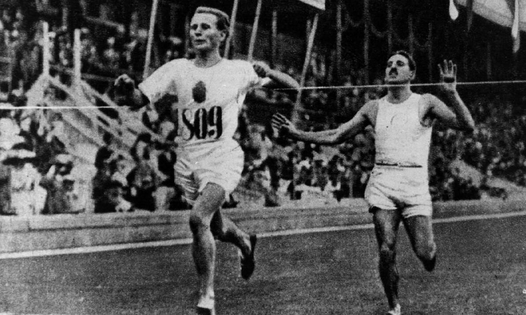 Stockholm 1912 5,000 metres silver medallist Jean Bouin (right) lost his life during World War One ©Wikipedia