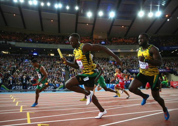 Usain Bolt led Jamaica to victory in the 4 x 100m relay heat ©Getty Images