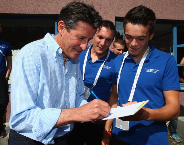 Seb Coe signs autographs for Young Leaders in Sport while out and about in Zurich ©Getty Images