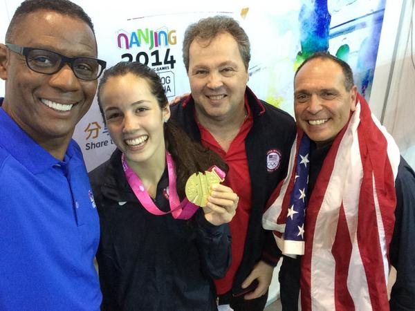 American gold medal winning fencer Sabrina Massialas enjoying a selfie with her father and coach Greg, and NBCSN reporter Lewis Johnson ©Twitter