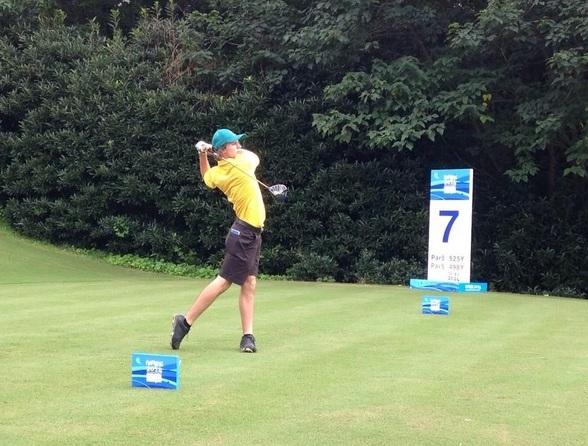 Australia's Brett Coletta has a share of the lead in the men's golf ©Twitter