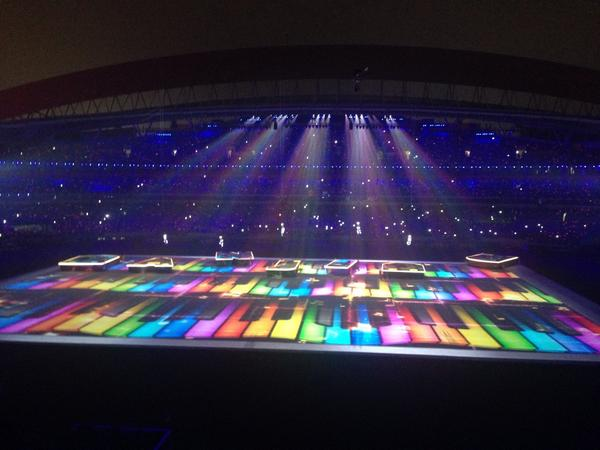 Bright colours during the Closing Ceremony ©Nanjing 2014