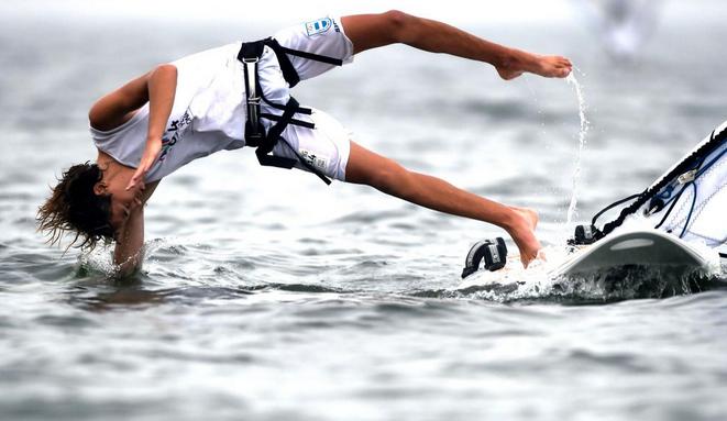 Francisco Cruz Saubidet Birkner takes a celebratory tumble following his windsurfing victory for Argentina ©Twitter