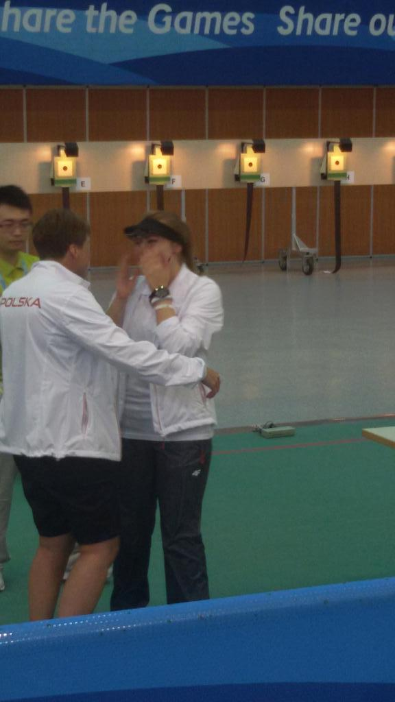 Gold for Poland in shooting ©ISSF