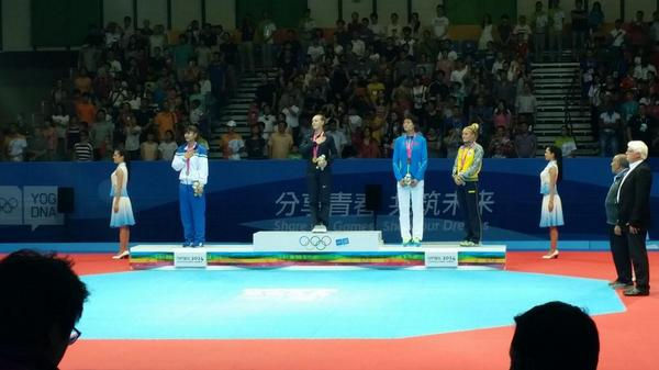 Kendall Yount is awarded heavyweight taekwondo gold ©USOC