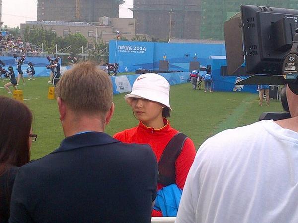 Li Jiaman speaks after securing gold ©World Archery