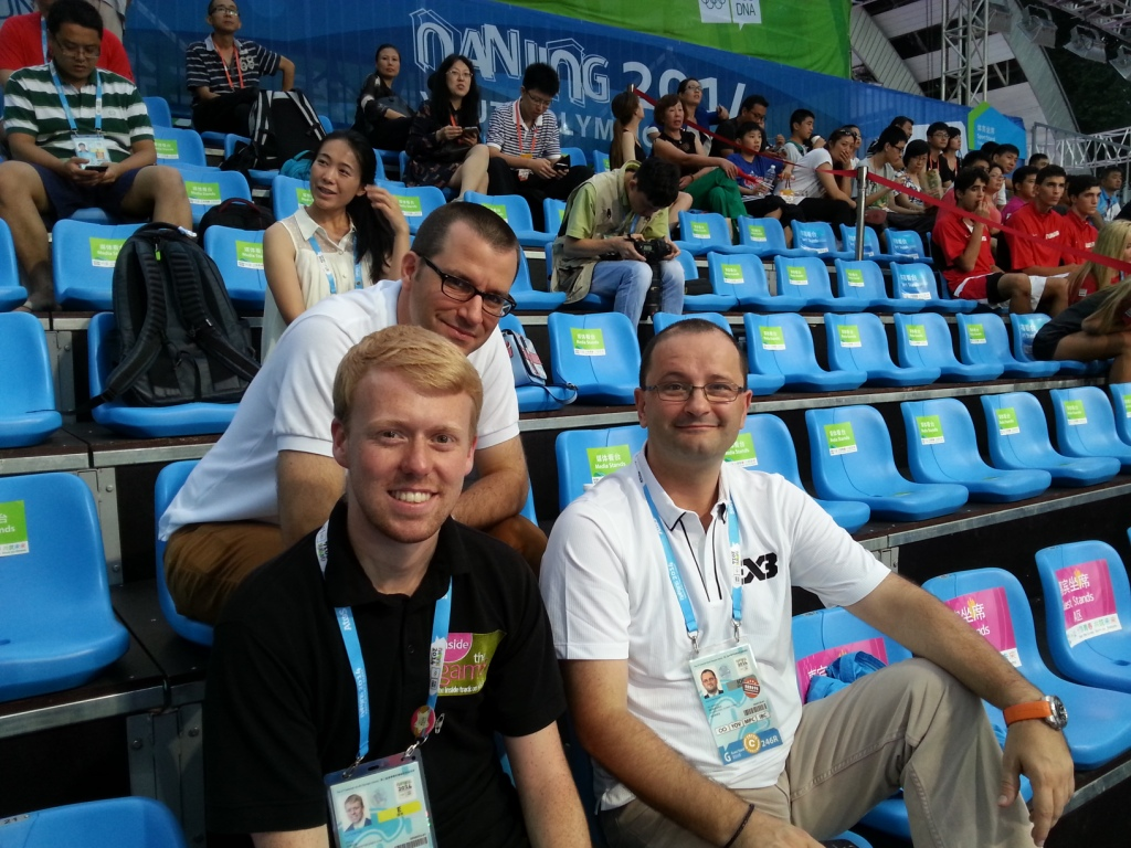 Reporter Paul Osborne, FIBA secretary general Patrick Baumann and TSE Consulting's Greg Curchod at the 3x3 basketball ©ITG