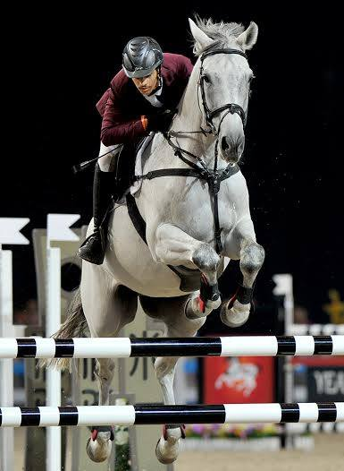 Showjumper Hamad Al Qadi competing in the final ©QOC