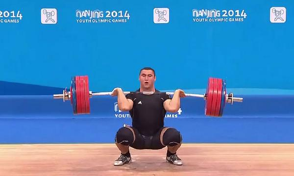 Simon Martirosyan dominates the heavyweight weightlifting ©Twitter
