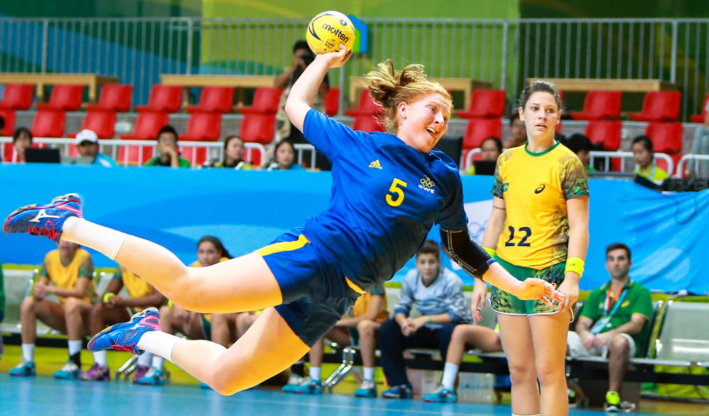 Sofia Hvenfel helped Sweden to a 32-24 victory over Brazil in their Group B handball clash ©Nanjing 2014