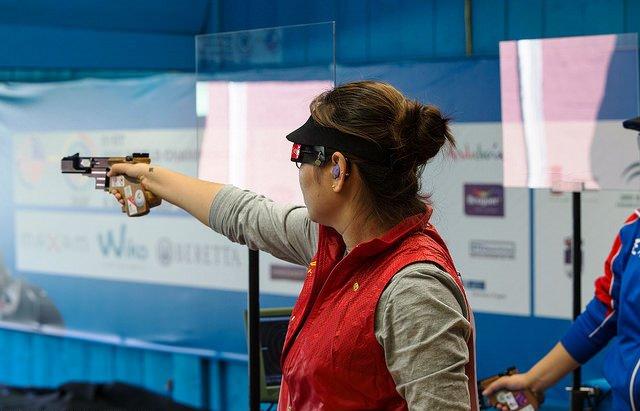 Zhang Jingjing has shot her way to a world title in Granada ©ISSF
