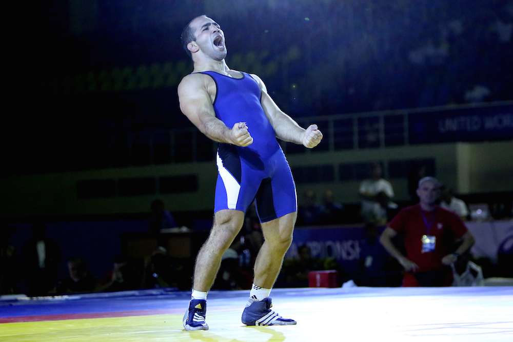 Arsen Julfalakyan finally got his hands on gold with victory at the Wrestling World Championships in Tashkent ©United World Wrestling