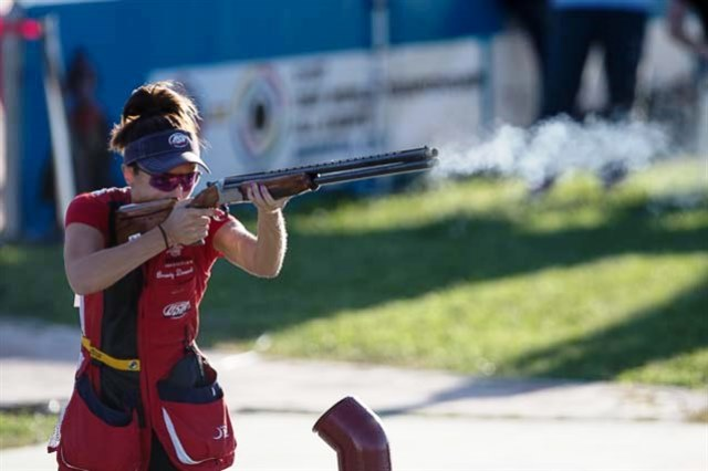 Brandy Drozd of the United States claimed her first world title in Granada with victory in the women's skeet competition ©ISSF