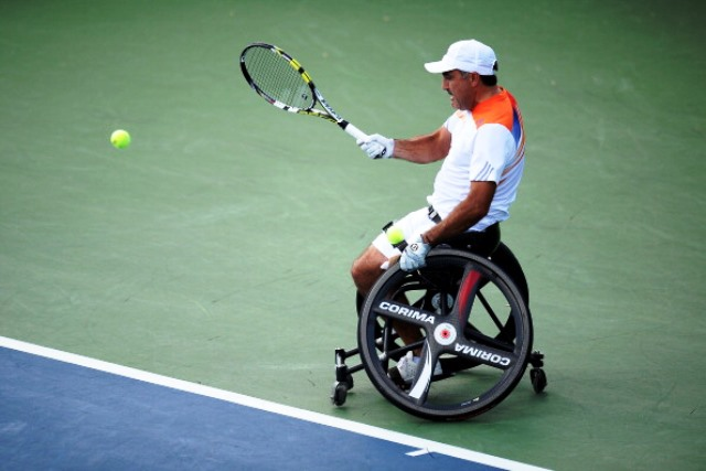Defending champion Stephane Houdet survived a scare to advance to the semi-finals of the US Open ©Getty Images
