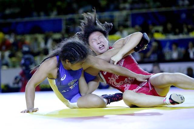 Japan claimed two gold medals on the first day of women's freestyle competition at the Wrestling World Championships ©United World Wrestling