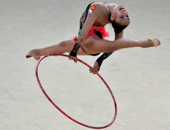 Margarita Mamun was second best in the hoop event, finishing runner-up to compatriot Yana Kudryavtseva who she shared gold with in the ball final ©AFP/Getty Images