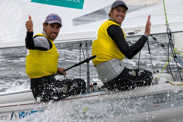Mat Belcher (left) and Will Ryan (right) look set to claim gold in the men's 470 ©Getty Images