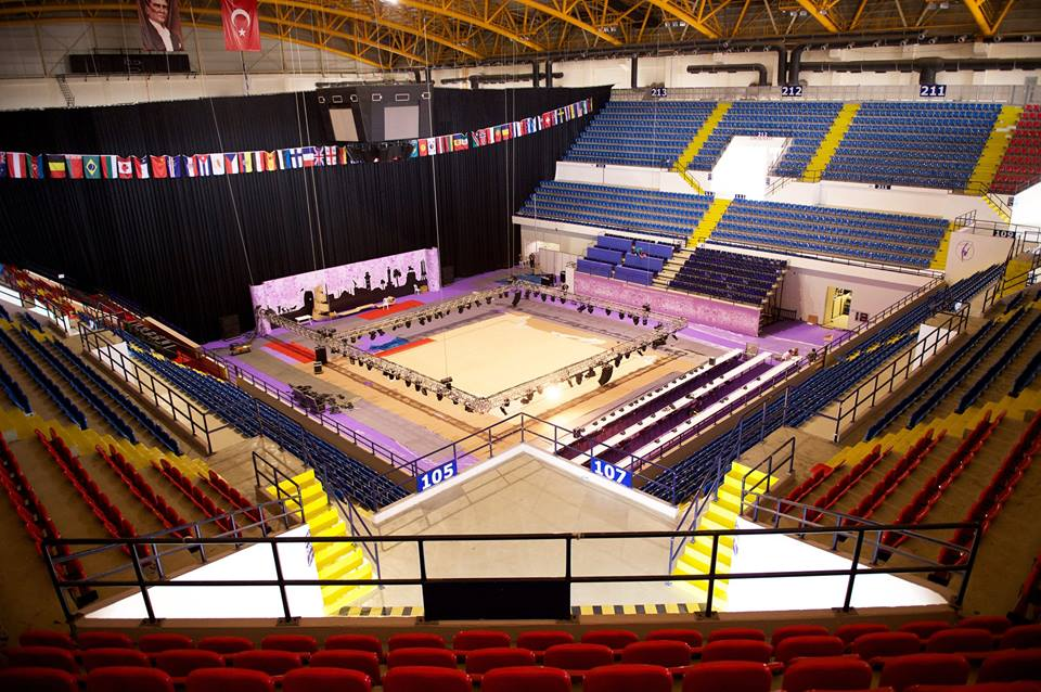 More than 300 gymnasts will compete at the World Championships in the İzmir Halkapınar Sport Hall ©FIG/Facebook