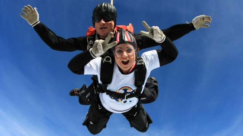 Natasha Baker jumped 12,000 feet from a plane to raise money for children's charity Dreamflight ©Natasha Baker/Twitter