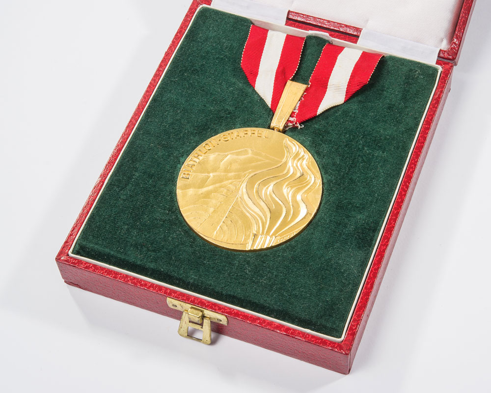 Nikolay Kruglov's Innsbruck 1976 Winter Olympic gold medal has sold for $28,750 ©RR Auction