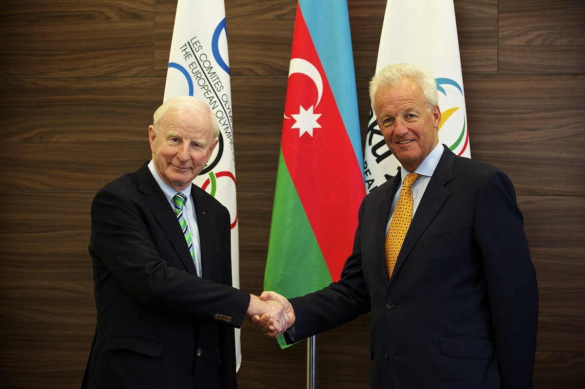Patrick Hickey (left), President of the European Olympic Committees, is welcomed by Simon Clegg (right), Baku 2015 chief operating officer ©Baku 2015